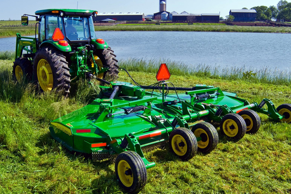 JohnDeere-FETCover-2019.jpg