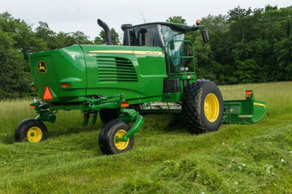 CroppedImage600400-JohnDeere-HayForage-W235-Windrower.jpg
